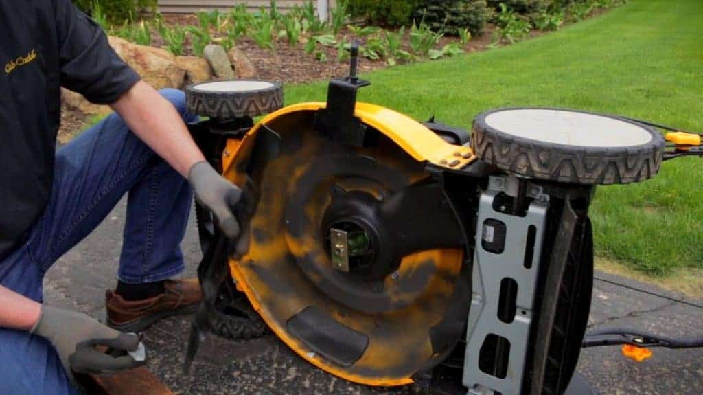 When Do I Replace My Mowers Blades