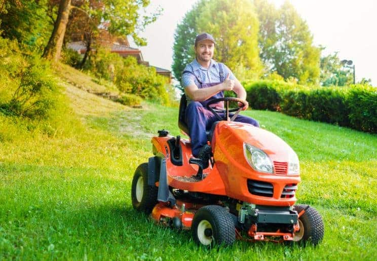 What Do Other Kinds of Lawn Mowers Weigh