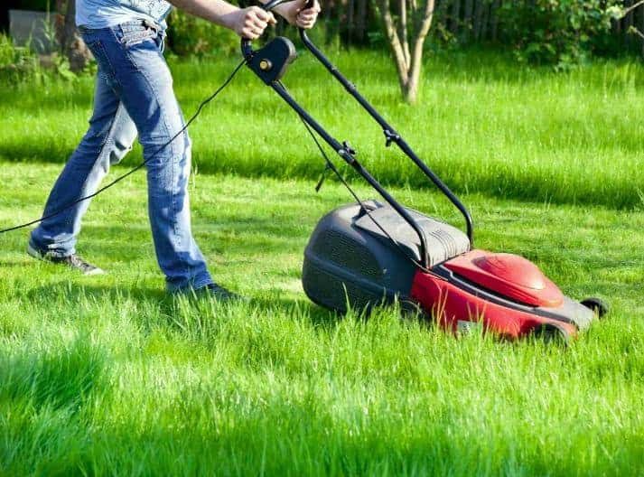 What is an Electric Mower